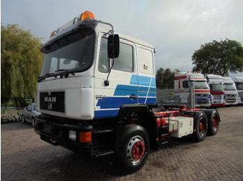 Çekici MAN 25.422 13t axles 6x4; big axles + retarder