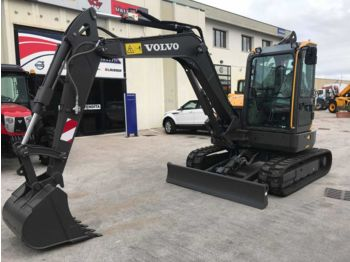 Mini ekskavatör VOLVO ECR58D for rent